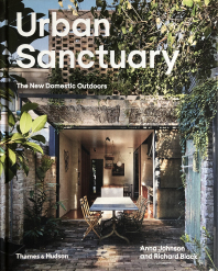 Book Cover 'Urban Sanctuary - The New Domestic Outdoors'